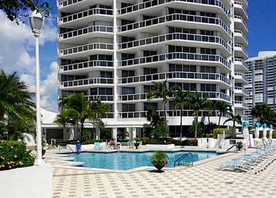 One Island Place Condominiums for Sale and Rent